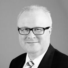 Thomas Schäfer, finance minister of German state of Hesse, was found dead near railway track in the town of Hochheim (which is between Frankfurt and Mainz). Emotional Stress, Frankfurt, Literature, German, Death, Track, Angela Merkel, Mainz, Finance