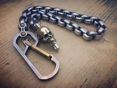 The Machote. Skull swivel Biker walletchain / Titanium, brass and Stainless Steels Key Carabiner, Stainless Steel Polish, Skull Pendant, Wallet Chain, Connect, Biker, Composition, Fat, Brass