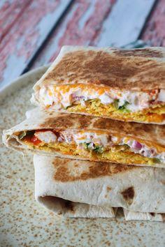 Sprøde Nachos Crunch Wraps – One Kitchen – A Thousand Ideas Breakfast Recipes, Snack Recipes, Dinner Recipes, Healthy Recipes, Yummy Eats, Yummy Food, Crunch Wrap, Nachos, Crunches