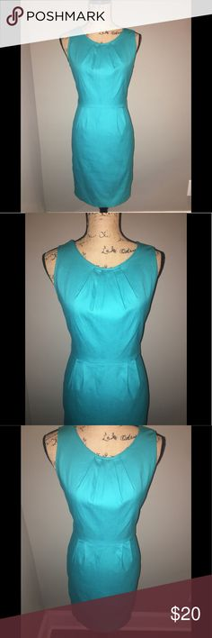 Beautiful Banana Republic Dress- Blue Banana Republic dress - blue. In good condition. Only wore a few times. Has belt loops but no belt - I wore with a few of my own belts. Banana Republic Dresses Midi