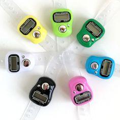 Digitaler Reihenzähler Shops, Personalized Items, First Aid, Tutorials, Breien, Tents, Retail, Retail Stores