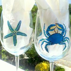 Blue crab and starfish hand painted wine by GlassesbyJoAnne, $40.00