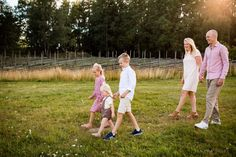 Family Photo Sessions, Family Posing, Family Portraits, Family Photos, Couple Photos, Stockholm Sweden, Children And Family, Image Photography, Family Photographer