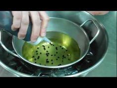 Cómo hacer perlas balsámicas - Restaurante Rodero - YouTube Kitchen Helper, Food Decoration, Bubble Tea, Molecular Gastronomy, Culinary Arts, Creative Food, Food Design, Food Plating, Street Food