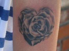 tattoo rose + scull arm - Google-søk