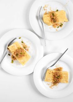 Belnder Pumpkin Semifreddo—a simple, make-ahead dessert. Each component of this recipe can be made in the space of 5 minutes and a Vitamix Blender. Pumpkin Pie Recipes, Pumpkin Pie Spice, Fall Recipes, Make Ahead Desserts, Frozen Desserts, Delicious Desserts, Frozen Pumpkin, Baked Pumpkin, Pumpkin Mousse