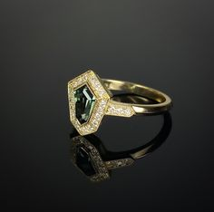 18ct yellow gold Kite shaped green sapphire and diamond ring. Made in Chichester, England. Green Sapphire, Green Diamond, Diamond Art, Purple Amethyst, 3 Stone Rings, Wide Band Rings, Chichester England, 3 Stone Engagement Rings, Gold Feathers