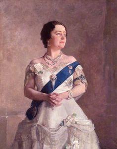 Sir Gerald Festus Kelly PRA — Queen Elizabeth, the Queen Mother, 1928 National Portrait Gallery, London. Diana Wedding Dress, Wedding Dress Styles, Mother Art, Queen Mother, Lady Elizabeth, Royal Collection Trust, National Portrait Gallery, Art Uk, Royals