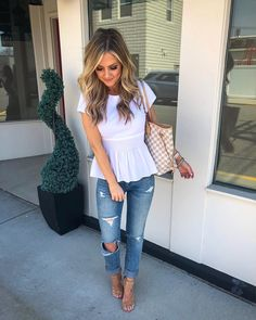 date night outfit spring outfit ideas with white peplum top frühlingsoutfit ideen mit weissem peplum top Preppy Summer Outfits, Summer Fashion Outfits, Fall Outfits, Casual Outfits, Casual Date Night Outfit Summer, Peplum Top Outfits, Casual Summer, Date Outfit Casual, Woman Outfits