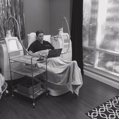 After hearing all the buzz, Jeremy Pyle MD decided to take the CoolSculpting procedure for a spin! Rules of Engagement: http://on.fb.me/1Etu0Hm