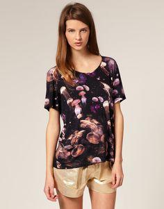 I love this jellyfish shirt!