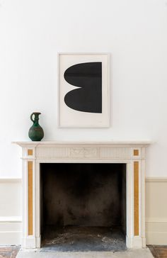 Frieze Masters 2020 | Ellsworth Kelly 'Black' with Ceramic vessel for date syrup.