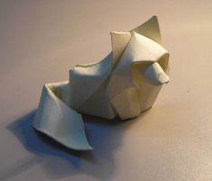 Les superbes origamis de l'artiste vietnamienHoang Tien Quyet, qui utilise une technique étonnante baptisée Wet Folding, qui consisteà mouiller le papier