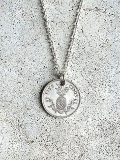 Vintage NECKLACE BAHAMAS Pineapple Fish Rare Foreign silver tone coin money charm pendant curb link chain jewelry supply men women