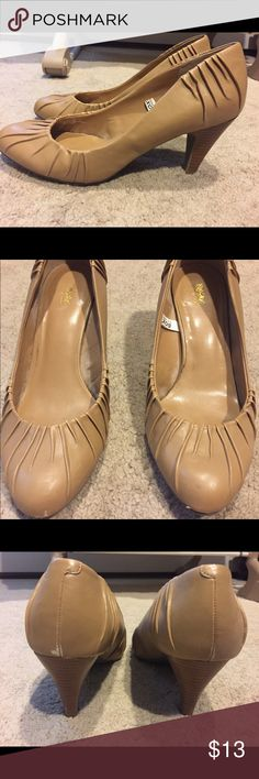 Tan Heels Worn twice Mossimo Supply Co Shoes Heels