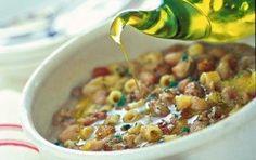 Ρεβίθια με μακαρονάκι και παστό χοιρινό  - iCookGreek Eat Greek, Legumes Recipe, Chili, Cereal, Beans, Soup, Vegetables, Breakfast, Recipes