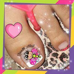 Pedicure, Lily, Erika, Tattoos, Halloween, Finger Nails, Vestidos, Flower Toe Nails, Pretty Toe Nails