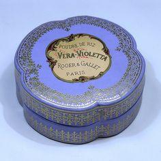ROGER & GALLET Vera Violetta by vicent.zp, via Flickr