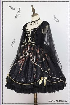 Magic Night Witch JSK I by LemonHoney Pre-order ends on Gothic Lolita Dress, Goth Dress, Gothic Lolita Fashion, Pretty Outfits, Pretty Dresses, Beautiful Outfits, Cute Kimonos, Kawaii Dress, Lolita Cosplay