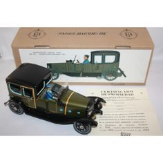 PAYA COUCHE LIMOUSINE WIND UP TOY MINT IN BOX LIMITED EDITION RARE