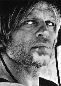 Klaus Kinski - well I appreciate this incredible portrait. He was a freak though. White Photography, Portrait Photography, Werner Herzog, Photo Star, Film Pictures, Films Cinema, Looks Black, Jolie Photo, Black And White Portraits