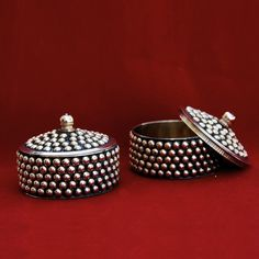 BAND BAJEGA !!! What a beautiful collection of gifts and return gifts for Indian Weddings!