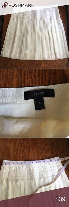 "J.Crew Ivory Lattice Micro Pleated Skirt 6 NWT J.Crew ivory drop waist lattice micropleated/pencil pleated mini skirt. Beautiful skirt. A bit big for me but so lovely. Size 6. ---18.5"" long. J. Crew Skirts Mini"
