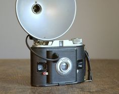 Vintage Camera .. 1940s Ansco Flash Clipper with Flash Unit