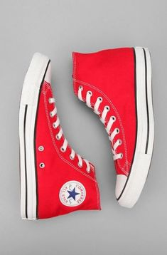 Shop Converse Chuck Taylor All Star High Top Sneaker at Urban Outfitters today. Converse All Star, Red Converse, Outfits With Converse, Converse Sneakers, High Top Sneakers, Red High Top Converse, White Chucks, Sneakers Style, Casual Sneakers