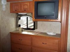 2008 Used Damon Astoria 3776 Class A in North Carolina NC.Recreational Vehicle, rv, 2008 Damon Astoria Pacific 3776, Super Diesel Pusher with BUNK BEDS for the whole family (and then some). ** Sleeps 10 people. ** We love this coach but our kids are on travel soccer teams and we can't use it, so it sits largely unused except 1.5 months of the year. *** Loads of features: ***In motion satellite - great to entertain kids while traveling down the road. *** DVD player and radio with Surround…