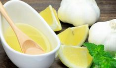Making garlic juice is easy and does not take much time. Drinking it has multiple health benefits, especially in the prevention of some common infections. Garlic Juice, Raw Garlic, Healthy Life, Healthy Living, Natural Kitchen, Garlic Recipes, Skin Care Cream, Healthy Juices, Cooking Tips