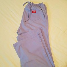 Dickies Scrub Bottom Periwinkle/size 6/ drawstring with flare. Not in perfect condition. Faded a little, but the softness of the fabric makes up for it. Dickies Other