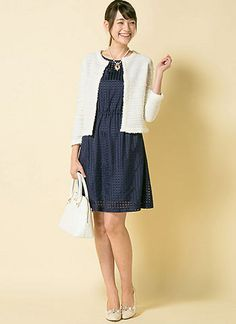白ノーカラージャケット+紺ワンピの上品可愛い入園式・卒園式コーデ | 花子