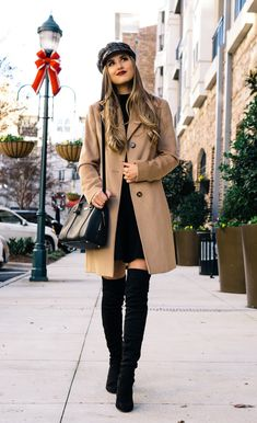 the best camel coat for winterBest Picture For Coats abrigos For Your TasteYou are looking for something, and it is going to tell you exactly what you are looking for, and you didn't find that picture. Here you will find the most beautiful picture Winter Coat Outfits, Fall Fashion Outfits, Fall Fashion Trends, Autumn Fashion, Womens Fashion, Fall Trends, Camel Coat Outfit, Fall Wardrobe Essentials, Style Essentials