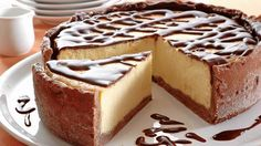 Bohatá torta s čokoládou Sweet Cakes, Sweet Desserts, Cheesecakes, Vanilla Cake, Baked Goods, Tiramisu, Food And Drink, Candy, Baking