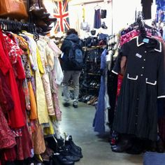 Second hand store @Anuradha   Baker Street, London
