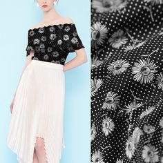 Daisy Floral Tiny Polka Dots Print Black Silk Fabric Printed Crepe de Chine Fabrics for Apparel Width 44 inch Printed Silk Fabric, Silk Chiffon Fabric, Georgette Fabric, Silk Charmeuse, Silk Crepe, Printing On Fabric, Polka Dot Print, Polka Dots, Mulberry Silk