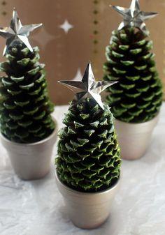 DIY Pine Cone Christmas Trees - Craftfoxes