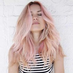 43 Trendy Rose Gold Hair Color Ideas Blonde and Rose Gold Hair Combo Spring Hairstyles, Braided Hairstyles, Latest Hairstyles, Balayage Hair Brunette Short, Gold Hair Colors, Hair Colour, Rose Gold Balayage, Blonde Rose Gold Hair, Hair Colors