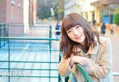 〈学習院大学1年 千津和美玖〉  このかわいい顔で、数々の珍発言・珍解答をしてくれた美玖ちゃん。最近の印象に残っているCMは「文明堂」だそうです。衝撃の古さです。
