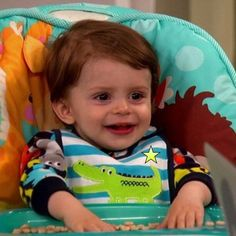Toby Duncan. However, he wasn't as cute as Charlie was when she was his age. He never appealed to me honestly. Why he appeared in the show is mind-boggling since in the first 2 seasons Bob and Amy kept making comments on how they'll never have another baby. But noooo...lol