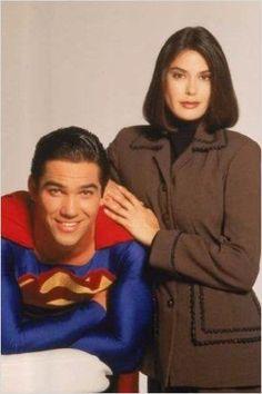 100% cosplay - Comunidad - Google+ Lois Lane (Teri Hatcher) y Clark Kent (Dean Cain) Lois y Clark: las nuevas aventuras de Superman (1993-1997)