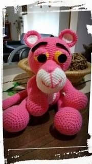 """Nancy y su Pantera ♥ Todos son trabajos de amigas tejedoras de Chibigumis!!!!!!! basados en el patrón """" La Pantera Rosa"""" by Chibigumis♥ (Patrón disponible con solo dejar un mensaje privado solicitándolo!♥)"""