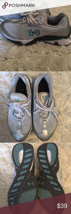 Girls under armour tennis shoes Great condition! Girls size 4/women's size 5.5 or 6 Under Armour Shoes Sneakers