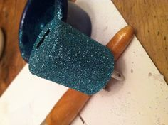 Glitter phone charger. DIY