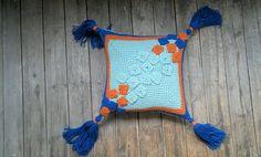 Knit geometric pillow with tassels Geometric cushion cover