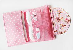 Windeltasche mit Bäumchen - Innentasche #naehfein #windeltasche #rosa #baum