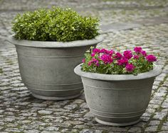 Padova Large cast stone Planter made by Campania International