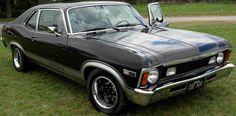 """Chevrolet Coupé Chevy Opus 1978 """"última serie"""", con pintura negra de fábrica, tapizados de cuero de fábrica, carburador weber 40.40.  http://www.arcar.org/chevrolet-coupe-chevy-opus-1978-45820"""