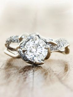 Sundara engagement ring - love how it looks like tree branches!